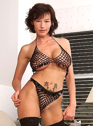 MILF Solo Porn Pictures