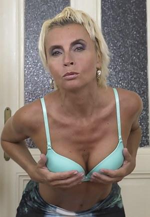 Men fucking huge women