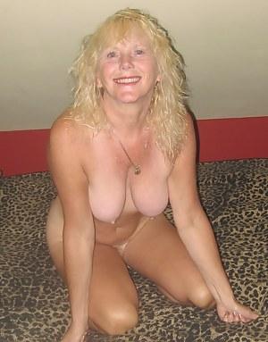 MILF Girlfriend Porn Pictures