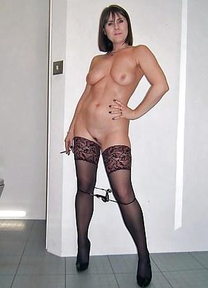 MILF Smoking Porn Pictures