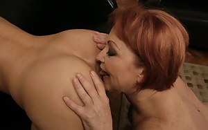 MILF Ass Licking Porn Pictures